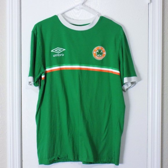 d798af39bd UMBRO MENS Green IRELAND RETRO RINGER TEE size L.  M_5b974acbaa877012712669a2. Other Shirts ...